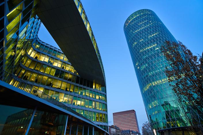 Architekturfotografie: Hochhaus | Fotostudio Lhotzky